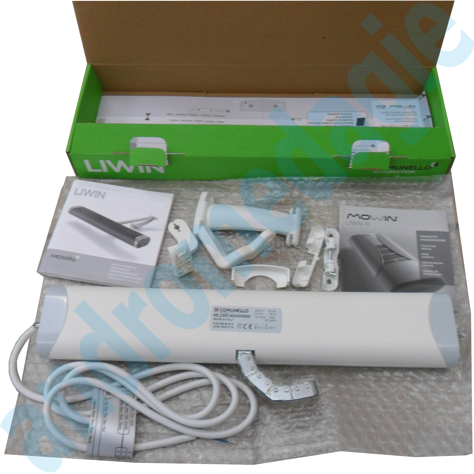 LIWIN RADIO 350N 230V WHITE + R1 CONTROL WHITE + SUPPORT DORMER WINDOW WHITE